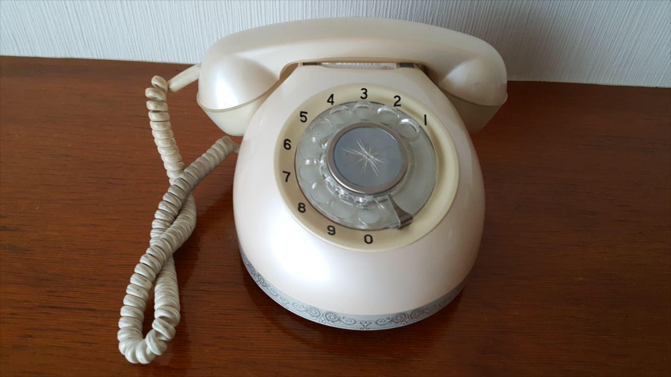 池の平ホテル_電話機