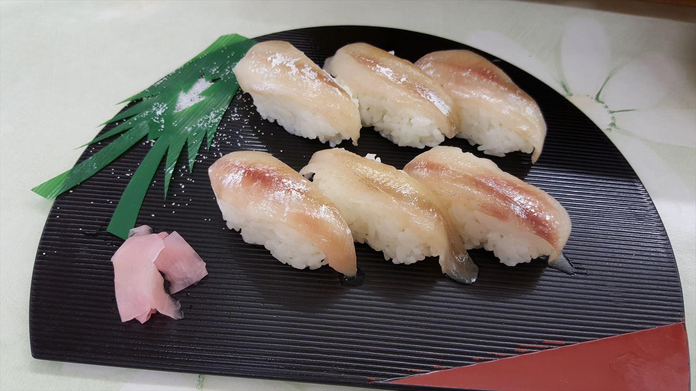 ししゃも握り寿司