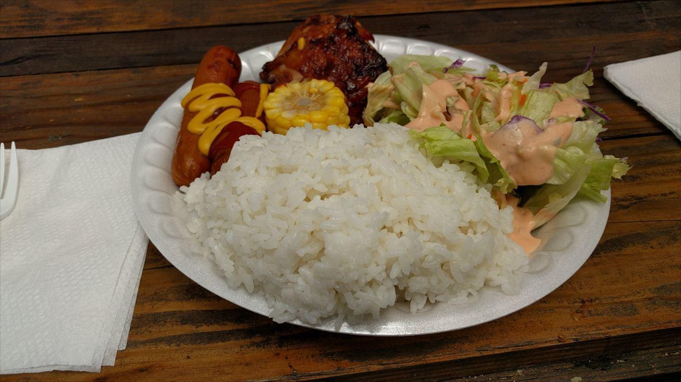 ファイファイビーチ_昼食