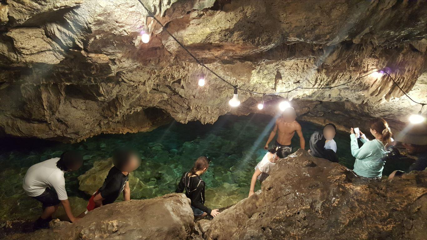 ファイファイビーチ_洞窟探検