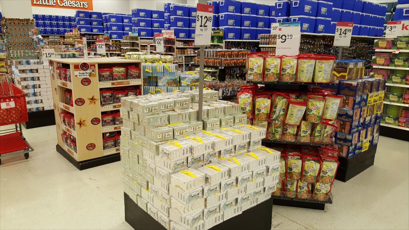 Kマート_お土産コーナー1