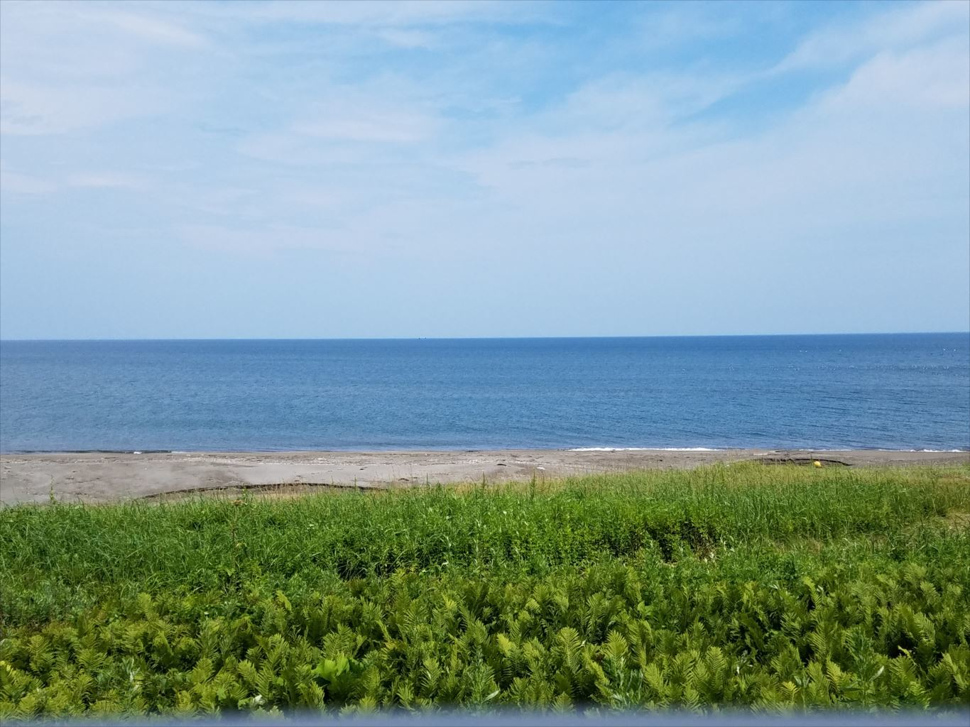釧網本線車内からのオホーツク海