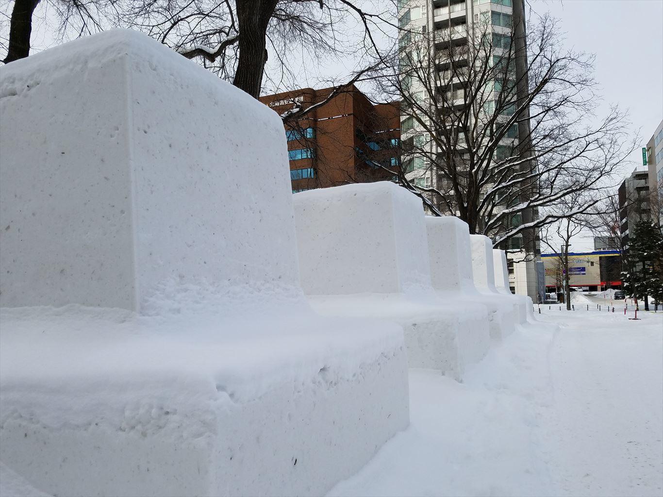 さっぽろ雪まつり雪像建設中201801_4