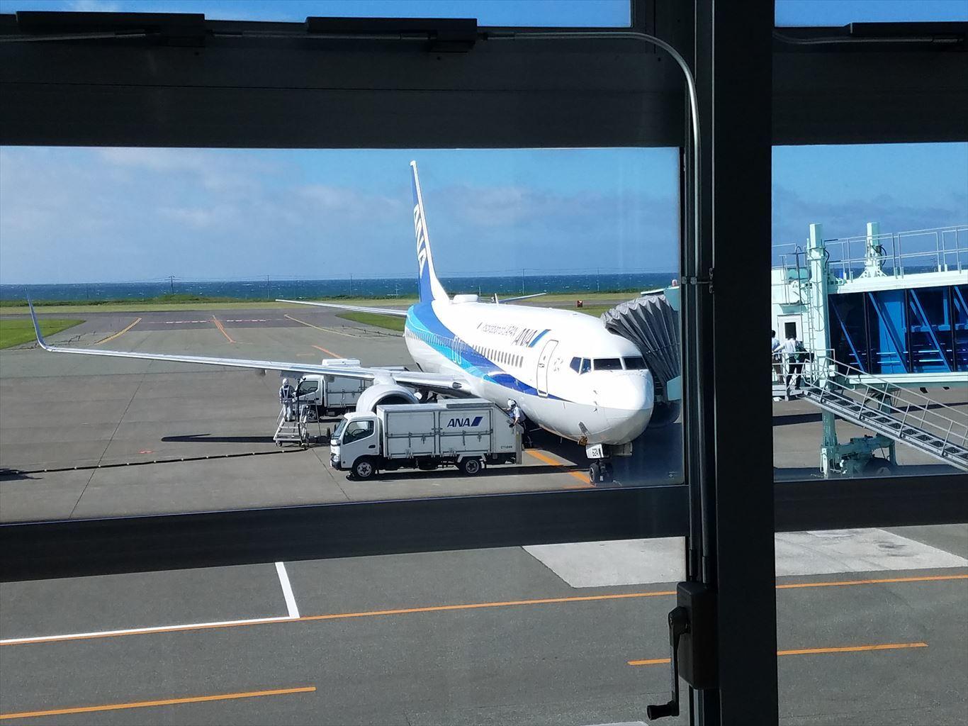 稚内空港_B737